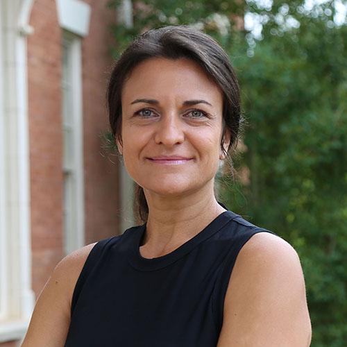 Nedialka Iordanova